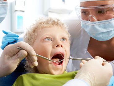 Become a Dental assistant at the community colleges of Nebraska