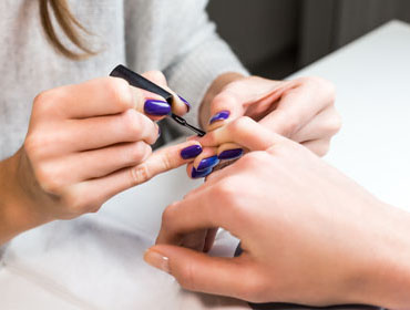 Become a Nail technician at the community colleges of Nebraska
