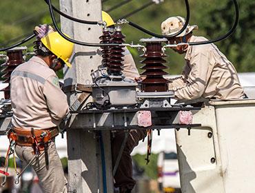 Powerline Construction & Maintenance Technology at the community colleges of Nebraska